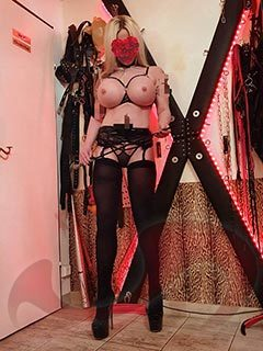 Domina | BDSM: Bild Lady Sara in Wien